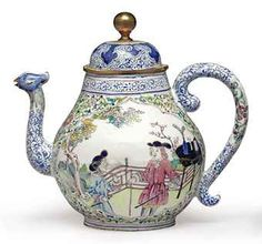 "A EUROPEAN SUBJECT ""CANTON ENAMEL"" TEAPOT AND COVER"