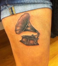 I would love some kind of music tattoo like this.