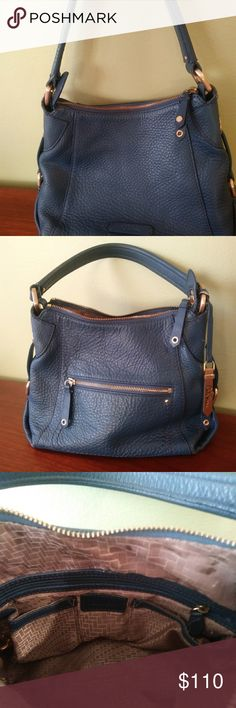 Navy Cole Haan purse Beautiful gently used Navy Cole Haan purse. Near perfect condition with only minor wear on bottom corners when set down. Cole Haan Bags Shoulder Bags
