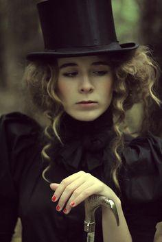 old-fashioned heart. by ~mala-lesbia on deviantART