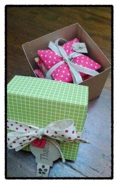 CrisMami's Creations: sacchettini con lavanda e scatolina coordinata