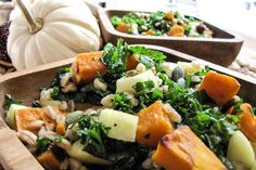 Autumn Harvest Power Salad with Farro, Apple, Kale and Roasted Sweet Potato Clean Eating Recipes, Healthy Eating, Power Salad, Sweet Potato And Apple, Autumn Harvest, Roasted Sweet Potatoes, Kale, Cobb Salad, Tablescapes