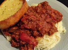 Mom's Spaghetti Sauce #recipe #justapinch