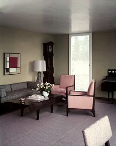 1952 living room....but look at the Mondrian 'style' wall hanging (20s).