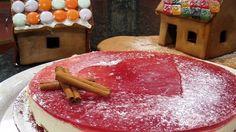 Kokeile ihanaa glögikakkua joulunajan jälkiruokapöytään. Juusto antaa kakulle ihanaa pehmeyttä ja glögi herkullisen värin ja tuoksun. Kakun pohja on rapean piparinen.
