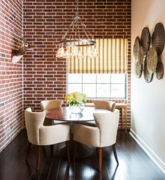 When it comes to bringing texture into a room, nothing beats architectural elements! Something about a brick wall gives a room loads of charm and character.