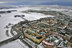 Helsinki, Finland Montenegro, Bósnia E Herzegovina, Visit Helsinki, Winter Scenery, Vintage Travel Posters, Beautiful Buildings, Capital City, Denmark, Norway