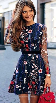 Fantastic Outfit Ideas To Wear This Fall women's blue, white, and rd floral long sleeved mini dress Pretty Dresses, Beautiful Dresses, Elegant Dresses, Floral Dresses, Floral Lace Dress, Gorgeous Dress, Pretty Clothes, Bridal Dresses, Beautiful Things