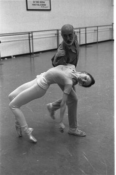 """New York City Ballet rehearsal for """"The Goldberg Variations"""" with Jerome Robbins and Patricia McBride, choreography by Jerome Robbins (New York) IMAGE ID: Ballet Pictures, Dance Pictures, City Ballet, Ballet Dance, Jerome Robbins, The Goldbergs, George Balanchine, American Ballet Theatre, West Side Story"""