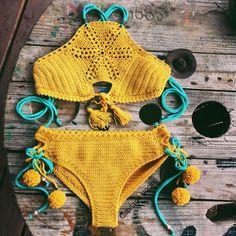Did you already check my new pattern??!!! Crochet Pattern for sunflower set in my Etsy shop (link in bio) and capitanauncino.com . . . . . #crochet #crochetaddict #igcrochet #pompom #maker #crochetpattern #crochetgeek #crochetlove #crochetcommunity #crochetbikini #croptop #yarnaddict #yarnlove #crochetbeachwear #summerneverends #bikini #goodvibes #peaceandlove #tassels #etsy #etsyshop #etsyseller #mustardyellow #wanderlust #bohemian #bohochic #hippie #handmade #croppedtop #crochettop