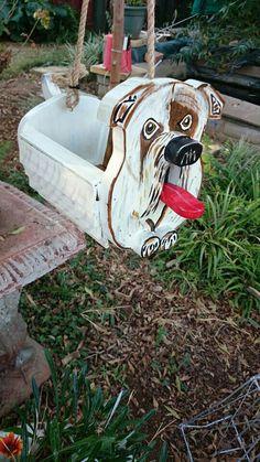 Bulldog feeder