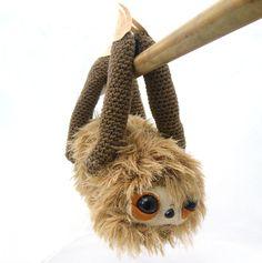 sloth amigurumi - gretel creations [amigurumi = 編みぐるみ japanese crocheted or knitted stuffed toy; via gretel creations on etsy]