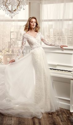 I found some amazing stuff, open it to learn more! Don't wait:https://m.dhgate.com/product/2016-hot-sale-long-sleeve-wedding-dresses/374286539.html