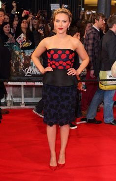 Scarlett Johansson brought a splash of colour and plenty of elegance to the red carpet for the UK premiere of The Avengers.