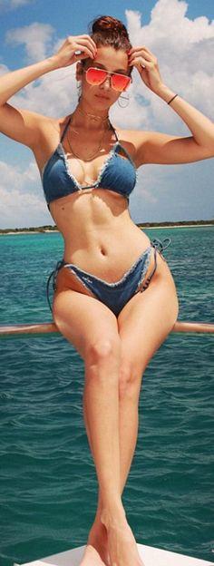 6f80e936ab Bella Hadid   Bikini – Poisson D Amour by Chiara Biasi Sunglasses – Quay