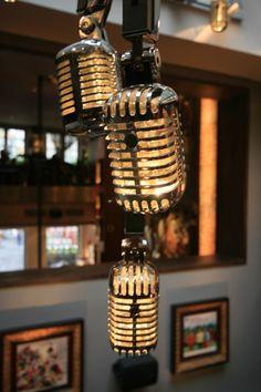 Microphone Chandelier Hard Rock Cafe: