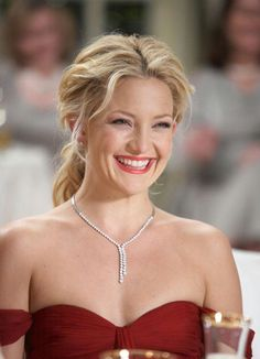 Kate Hudson. Im obsessed with her smile