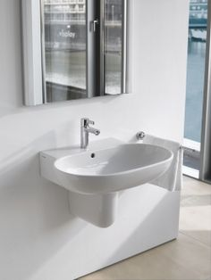Duravit_Sir Norman Foster wall hung sink for powder rooms