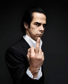 Nick Cave doesn't want MTV Awards' nomination for 'Best Male Artist' of 1996 obvio el no es un músico para MTV
