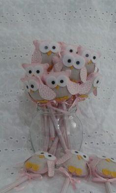 Lápis decorados com corujinhas