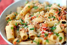 Eat Yourself Skinny!: Tuna Rigatoni with Sun-Dried Tomatoes