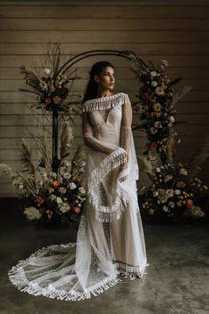 Indie Wedding Dress, Wedding Dress Trends, Wedding Dresses, Wedding Ideas, Bridal Skirts, Column Dress, Star Wedding, Tulle Dress, Bridal Collection