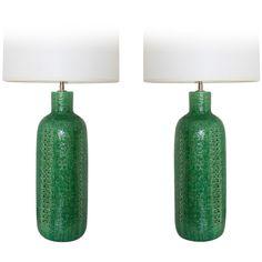 Green lamps Lampes vertes