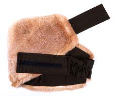 Ledvinový pás na vaše bedra - zahřeje a pozitivně působí. Winter Hats, Fashion, Moda, Fashion Styles, Fasion