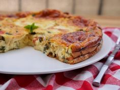 Clafoutis courgettes tomates mozzarella - The Best Breakfast and Brunch Spots in the Twin Cities - Mpls. Veggie Recipes, Diet Recipes, Vegetarian Recipes, Healthy Recipes, Zucchini, Tomate Mozzarella, Omelette, Vegetable Side Dishes, Love Food