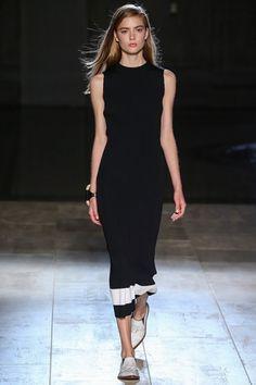 Sfilata Victoria Beckham New York - Collezioni Primavera Estate 2015 - Vogue