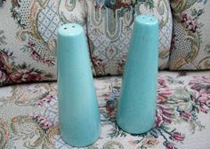 Vintage Turquoise Blue Metlox Salt and Pepper Shakers by kd15 on Etsy