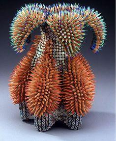 sculptures with colored pencils. Jennifer Maestre