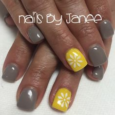 Grey and yellow daisy nails by Janee
