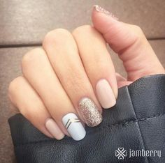 neutral nails with glitter and chevron acccent nail
