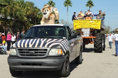 South Florida Fair Parades | Sundays at 1:00 pm, Tuesdays and Thursdays at 6:30 pm
