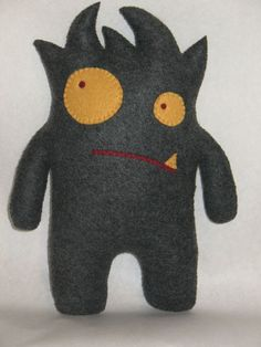 Whutzee Plush Doll by SewWhutz on Etsy Monster Dolls, Felt Crafts, Kids Crafts, Ugly Dolls, Ideias Diy, Fabric Toys, Cute Monsters, Sewing Dolls, Felt Toys