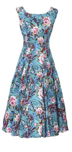 Johnston & Bell is the go-to boutique for all things pretty, feminine and dazzling. We have a range of cocktail dresses, designer wear, style and more withouth the eyebrowraising price tag. Melbourne Cup Fashion, Dresser, Cocktail, Designer Wear, Feminine, Boutique, Summer Dresses, Pretty, How To Wear