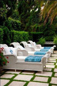Fabulous Wicker Chaise Lounges.