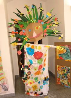 List of 7 best Funny Art And Crafts For Kids in week 2 Kids Crafts, Craft Activities For Kids, Projects For Kids, Arts And Crafts, Spring Art, Spring Crafts, Kindergarten Art Projects, Collaborative Art, Art Classroom
