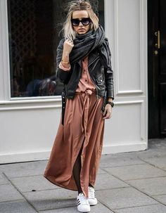Relaxed street style x Just Style, Looks Style, Casual Looks, Adrette Outfits, Fashion Outfits, Look Rose, Look 2018, Cooler Look, Long Shirt Dress