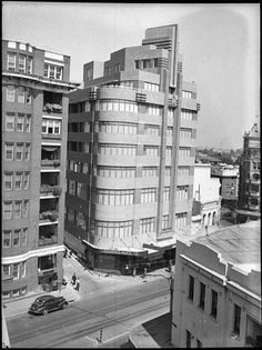 Photographer Sam Hood Copyright State Library of New South Wales Australian Architecture, Historical Architecture, Architecture Details, Architecture Interiors, Art Deco Buildings, Modern Buildings, Cheap Luxury Hotels, Terra Australis, Historical Images