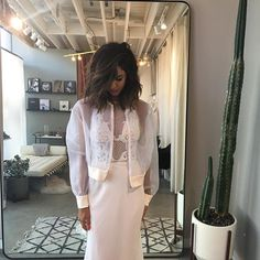 LA TRUNK SHOW - on now!! The 'Zoey' Gown and 'Florence' organza bomber. . LA TRUNK SHOW // MARIANA HARDWICK x LOHO BRIDE  @loho_bride  Fri, September 28, 2016 6:00pm Sun, September 30, 2016 7:00pm LOHO BRIDE - LOS ANGELES 8282 MELROSE AVE LOS ANGELES, CA 90046 [P] 323.592.3283 www.lohobride.com By Appointment only, RSVP: Hellola@lohobride.com @loho_bride www.marianahardwick.com.au #couture #melbourne #bridal #marianahardwick #newcollection #luxury #australianluxury #readytowear #handwork…
