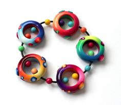 Polymer Clay Bracelet Nidos by SilviaOrtizDeLaTorre on Etsy Polymer Clay Bracelet, Polymer Beads, Clay Beads, Polymer Clay Animals, Polymer Clay Crafts, Polymer Clay Projects, Polymer Clay Creations, Fun Diy Crafts, Clay Design