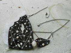 Necklace with LeatherPearlsChech glassOrganza by TamsGeminarium