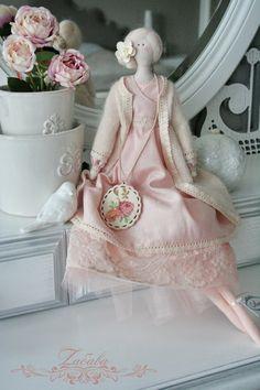 Кукла в стиле Тильда Лили - бежевый,ангора,кукла ручной работы,кукла Тильда