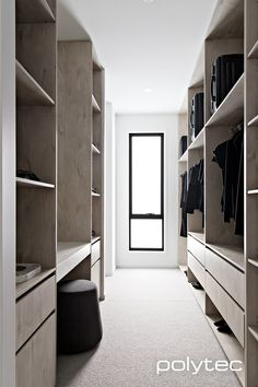 Walk-in Wardrobe in Angora Oak Woodmatt. Wardrobe Design Bedroom, Master Bedroom Closet, Walk In Wardrobe, Bedroom Wardrobe, Home Bedroom, Perfect Wardrobe, Walk In Robe Designs, Walk In Closet Design, Closet Designs