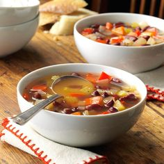 Red Bean Vegetable Soup Recipe -The addition of Cajun seasoning boosts the flavor of this brothy soup shared by Ronnie Lappe of Brownwood, Texas. The easy recipe makes a big batch that's loaded with fresh vegetable chunks and canned beans. Slow Cooker Turkey, Slow Cooker Soup, Slow Cooker Recipes, Cooking Recipes, Crockpot Recipes, Slow Cooking, Dump Recipes, Chilli Recipes, Chicken Recipes