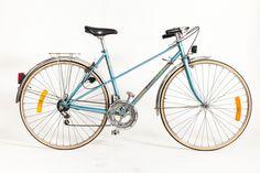 Tokyo vintage bicycles - Peugeot