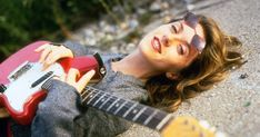 Liz Phair on 'Guyville' and the Secret to a Successful Topless Photo Shoot - Vulture Liz Phair, Music Icon, Women In History, Memoirs, Boobs, Beautiful Women, Photoshoot, People, Musicians