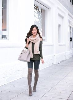 The Softest Tunic Tees + Petite-Friendly Winter Coats - Extra Petite Grey Boots Outfit, Thigh High Boots Outfit, Winter Boots Outfits, Over The Knee Boot Outfit, Spring Outfits, Gray Boots, Knee Boots, Casual Chic Outfits, Style Casual
